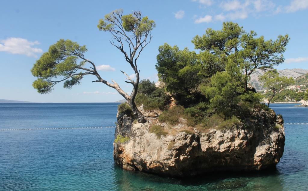 Strände in Kroatien: Brela